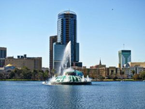 lake-eola-in-orlando-florida-with-fountain-725x544-300x225 How To Choose The Best Business Moving Company In Orlando Orlando | Central Florida